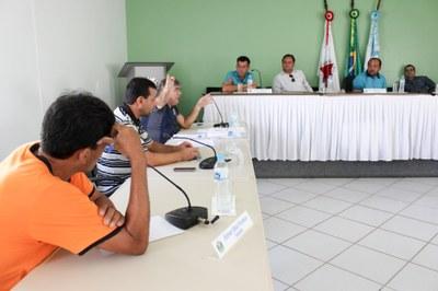 Reunião na casa Legislativa com o prefeito municipal realizada no dia 16 de novembro.