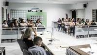 Câmara recebe profissionais da Educação